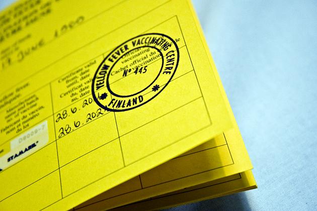 Kansainvälinen rokotuskortti keltakuumetodistus