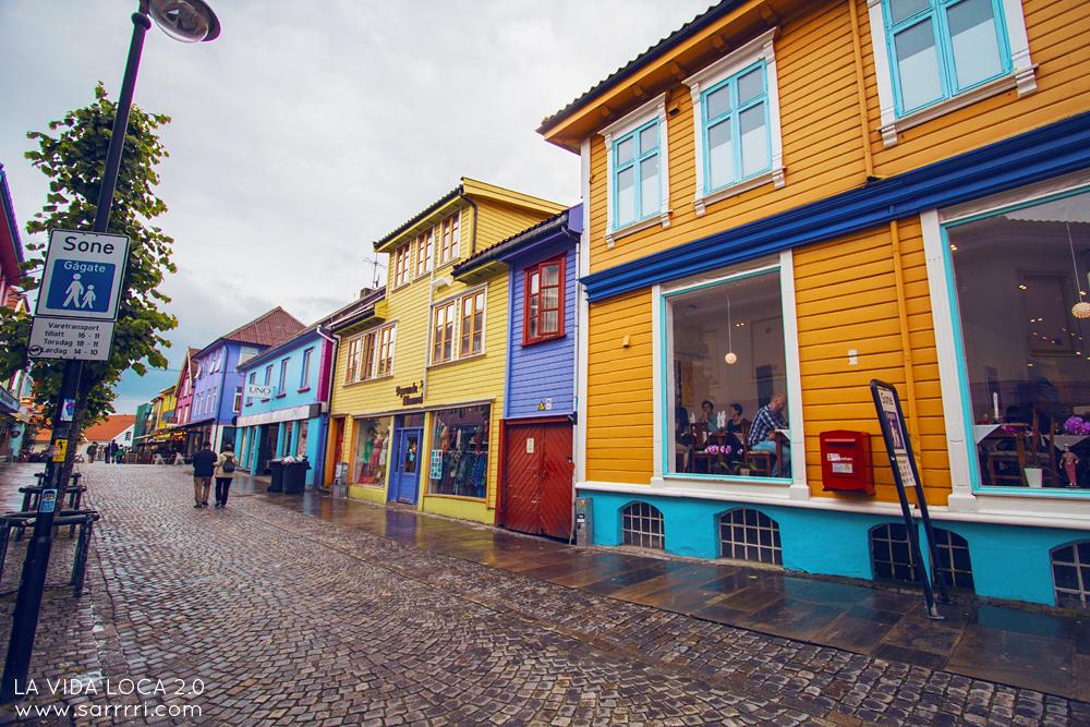 Stavanger norja matkailu värikkäät talot