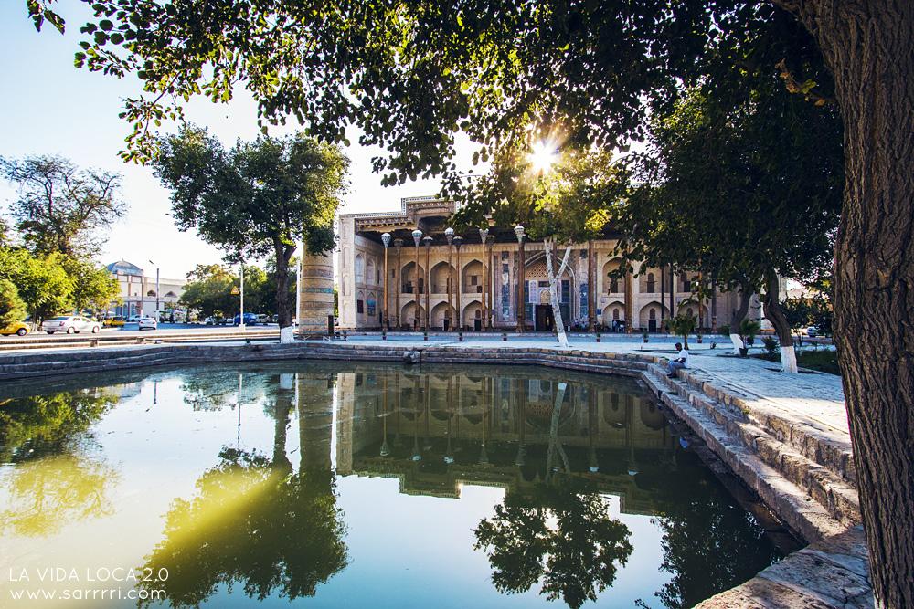 Bukhara Uzbekistan Bolo Hauz | La Vida Loca 2.0 Matkablogi | www.sarrrri.com