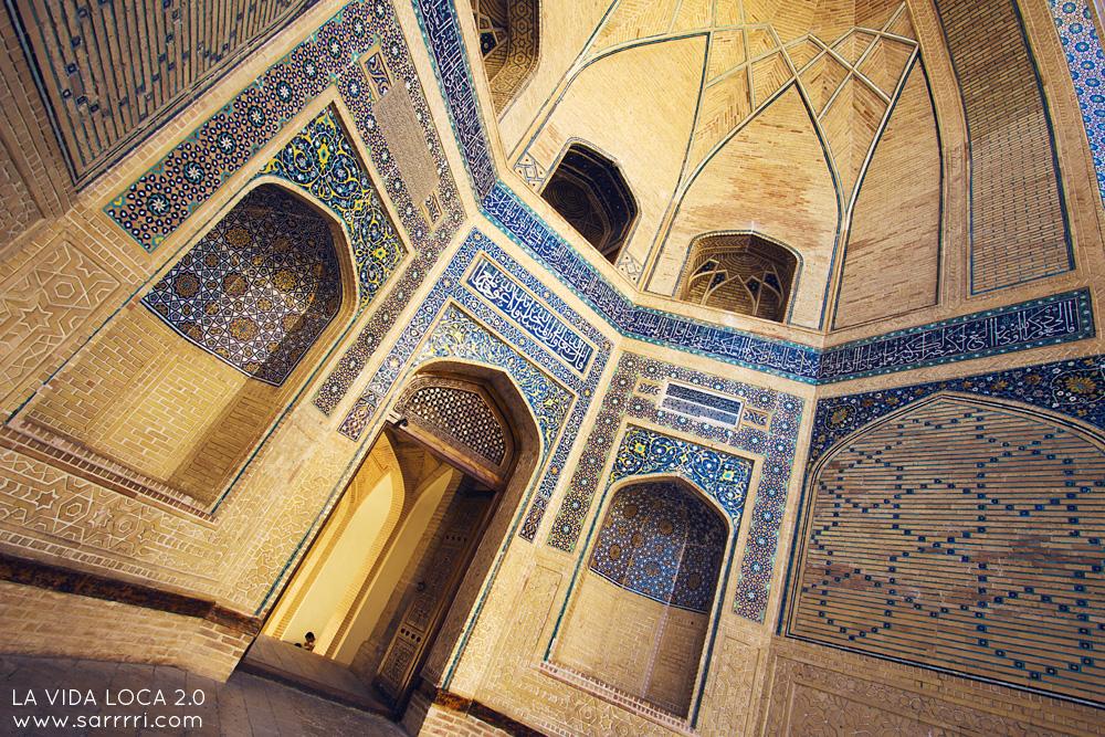 Bukhara Uzbekistan Ensemble Poi-Kalyan | La Vida Loca 2.0 Matkablogi | www.sarrrri.com
