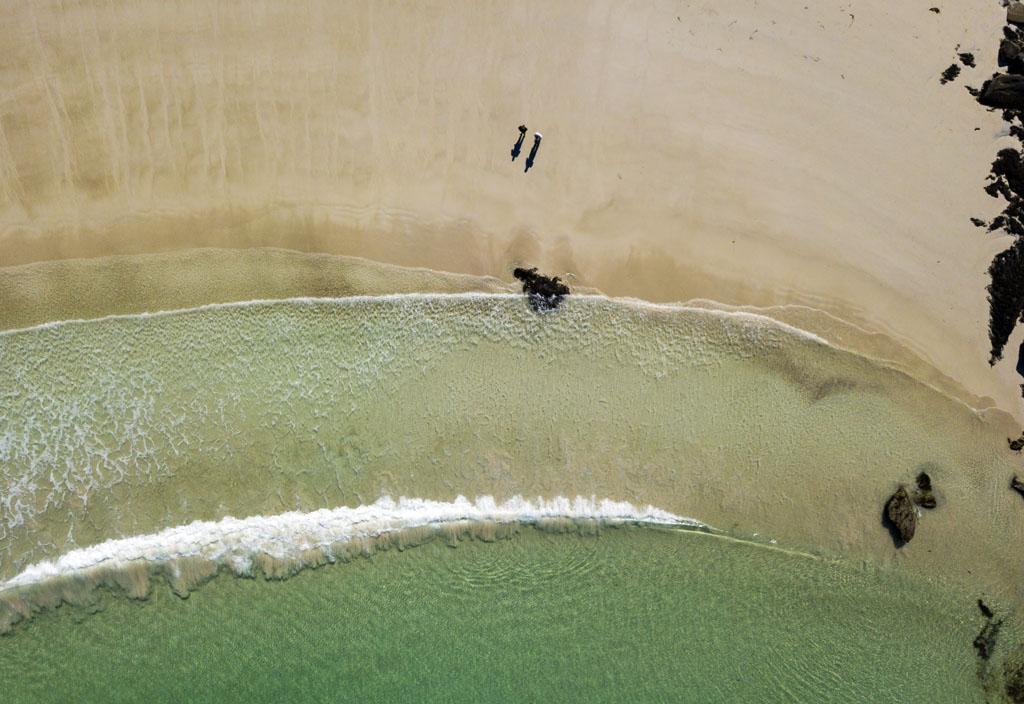 Haukland beach lofootit autolla